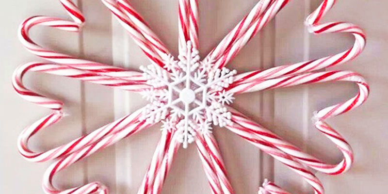 Candy Cane Christmas wreath!